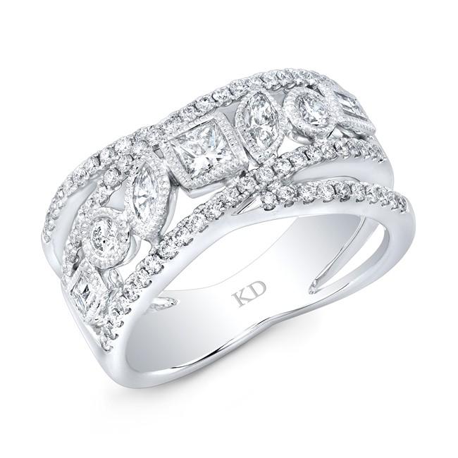 WHITE GOLD DAZZLING FASHION DIAMOND RING