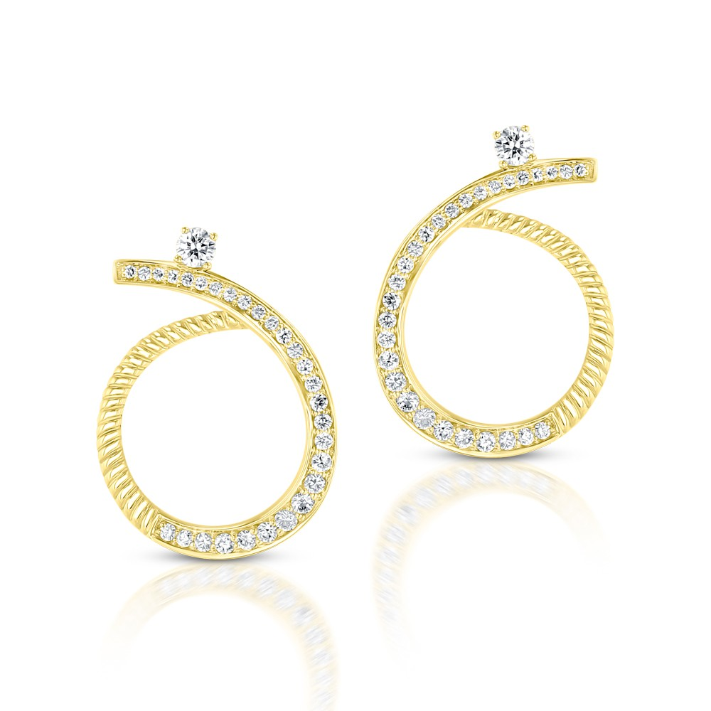 YELLOW GOLD DAZZLING DIAMOND DANGLE EARRINGS