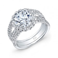 WHITE GOLD INSPIRED ROUND HALO DIAMOND ENGAGEMENT RING