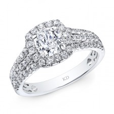 WHITE GOLD ELEGANT CUSHION DIAMOND ENGAGEMENT RING