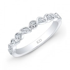 WHITE GOLD FASHION WHITE DIAMOND BAND